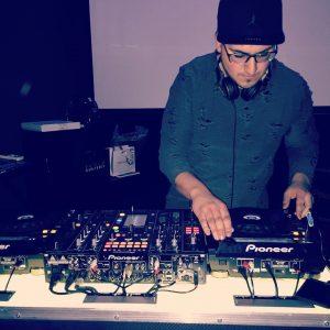 Dario Marra - Servizio professionale DJ Eventi e Matrimoni